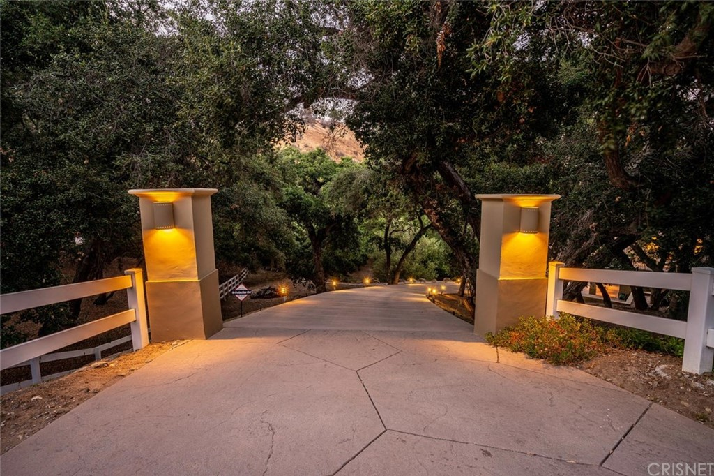 Photo of 153 BELL CANYON ROAD, Bell Canyon, CA 91307