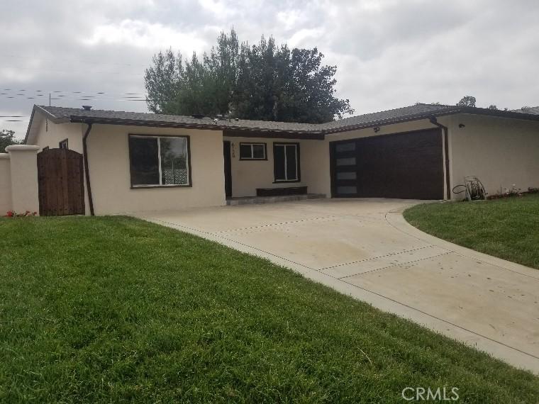 6128     Manton Avenue, Woodland Hills CA 91367