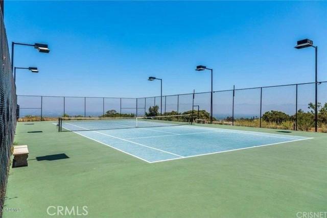 Bon Vivant tennis court