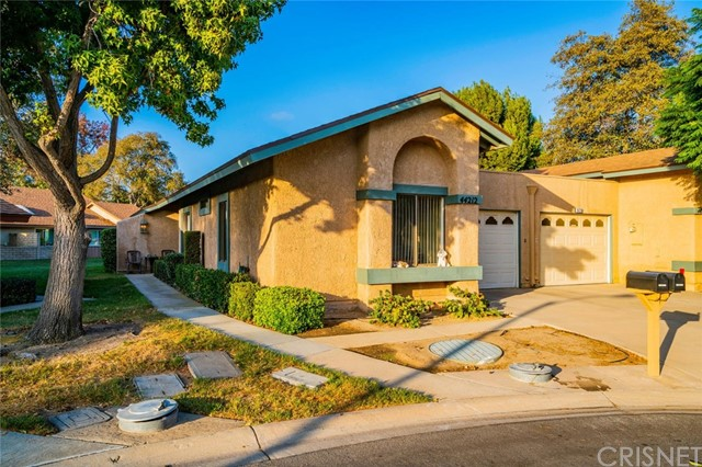 44212 Village 44, Camarillo, CA 93012