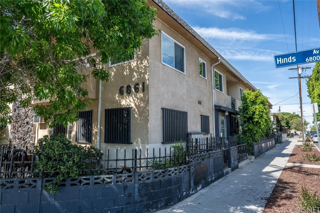 Photo of 6861 HINDS AVENUE #4, North Hollywood, CA 91605
