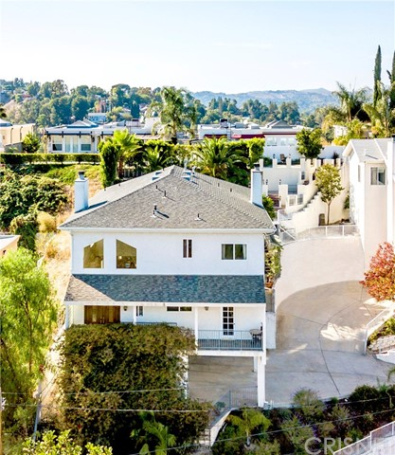 5271 Elvira Road, Woodland Hills, CA 91364