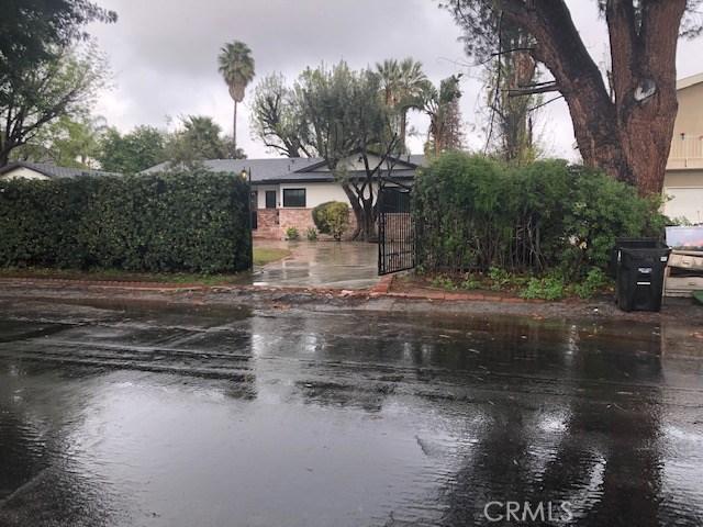 8620 Oakdale Avenue, Winnetka, CA 91306