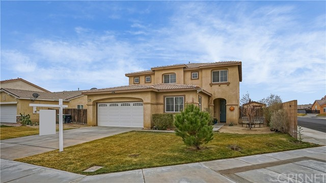 3220 Summer Breeze Avenue, Rosamond, CA 93560