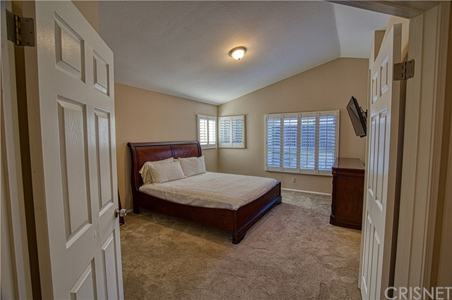 11872 Eldridge Av, Lakeview Terrace, CA 91342 Photo 17