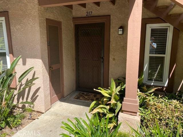 7050 Shoup Avenue 217, Canoga Park, CA 91303