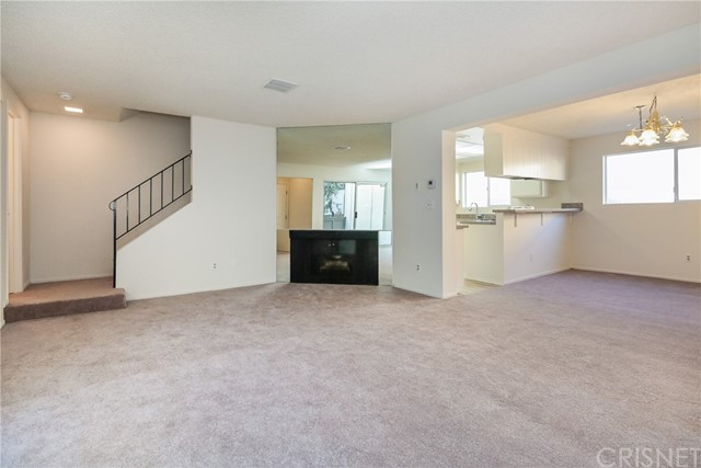 18550 Hatteras Street 107, Tarzana, CA 91356