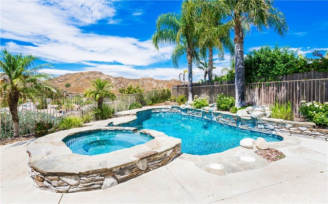 28309 Cascade Rd, Castaic, CA 91384 Photo 5