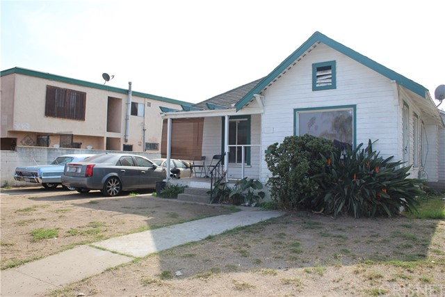 Photo of 838 W 81st Street, Los Angeles, CA 90044