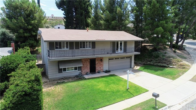26328 Larkhaven Place, Newhall, CA 91321