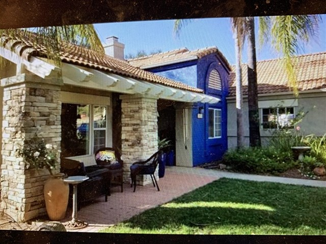 15950 MacTan Lane W, Valley Center, CA 92082