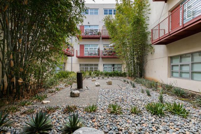 4. 1010 Sycamore Avenue #207 South Pasadena, CA 91030