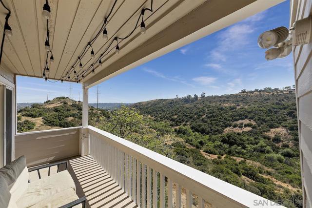 24. 10260 Viacha Drive San Diego, CA 92124