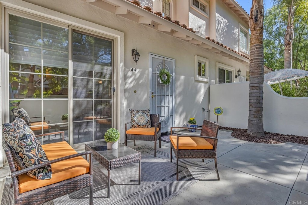 Easy living in this fabulous south-of-76 location near the Mission & Rancho del Oro! Super clean, move-in ready townhouse in VA/FHA approved complex with fresh paint and courtyard landscaping. Modern floorplan with attached 2 car garage, downstairs open kitchen and living room layout, and all bedrooms upstairs with full size interior laundry and A/C. Lush common area with mature trees, tot lot, basketball court and picnic areas. Close to all, and in the boundary of El Camino High School!