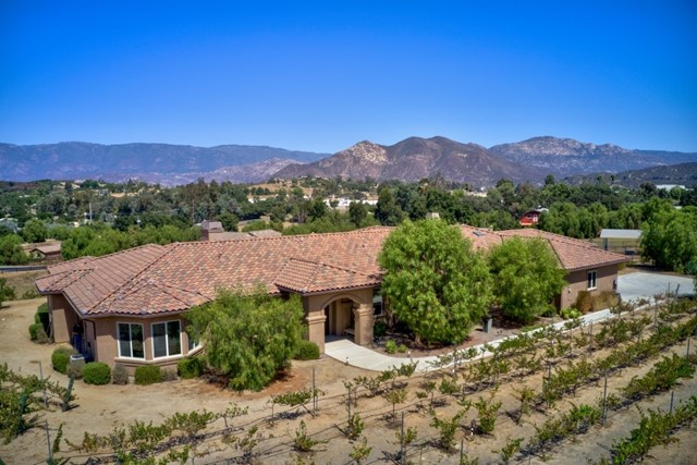 30848 Hilltop View, Valley Center, CA 92082