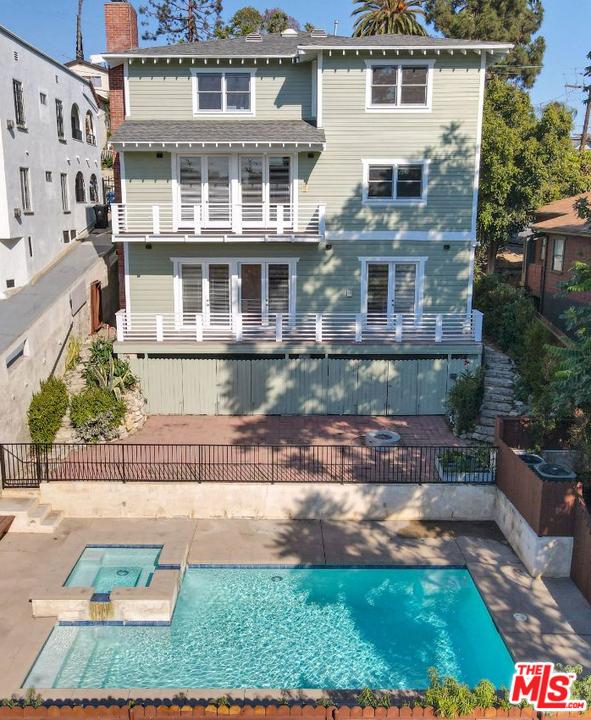 1132 W Edgeware Rd, Los Angeles, CA 90026 Photo