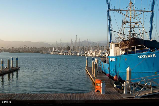 18. 1239 Seafarer Street Ventura, CA 93001