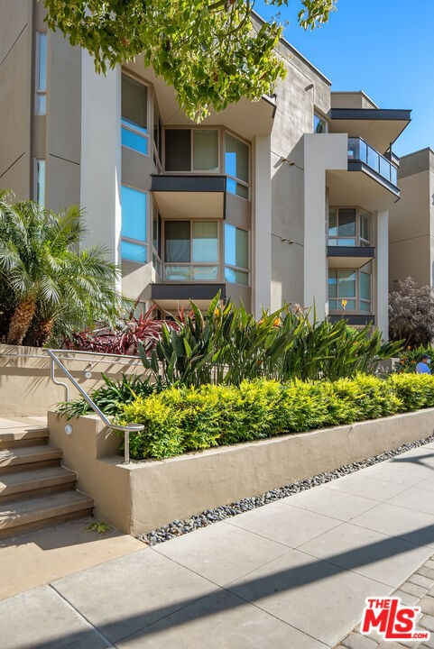13044 Pacific Promenade, Playa Vista, CA 90094 Photo 18