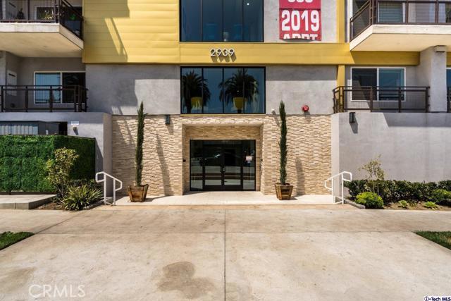 5. 2939 Leeward Avenue #609 Los Angeles, CA 90005