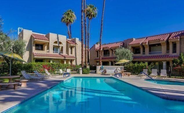 2700     Lawrence Crossley Road   38, Palm Springs CA 92264