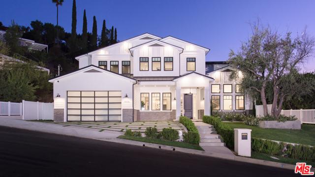 16656 Oldham Street, Encino, CA 91436