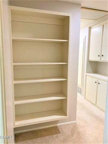 Built in display/bookcase