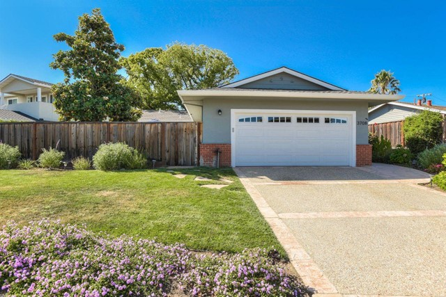 3708 Brandy Rock Way, Redwood City, CA 94061
