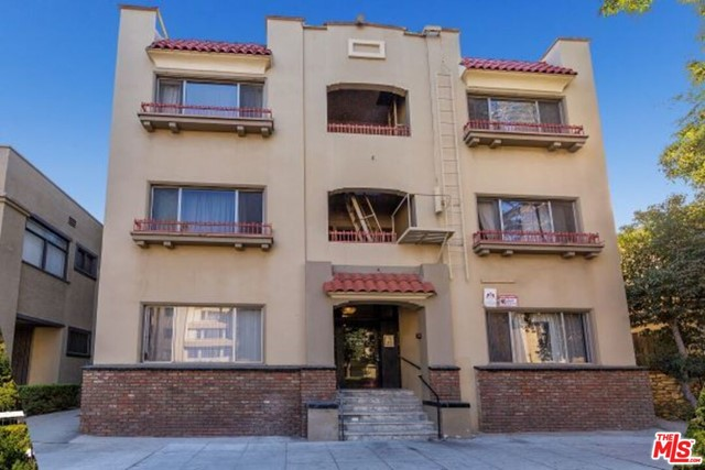 33 units located blocks from Downtown Long Beach in the Historic District. All units were completely redone in 2018/2019 and are beautifully remodeled. The interior hallways were redone as well and the Seller spent over $600K on CAP EX. No work remains to be done. The building is a three-story walkup with no onsite parking, however, there are parking structures within blocks that tenants can rent from. The building also features onsite laundry in the basement. The building offers and excellent unit mix of Studio and 1 bedroom units. The property is Professionally Managed and very well maintained and features onsite laundry. It features a Walk score of 95 and is located just blocks from the bars and restaurants in Downtown Long Beach on Pine Ave. Downtown Long Beach is in the middle of an $8BB Redevelopment with brand new Class A apartments and retail being developed within blocks of this location. This property can be purchased individually or with 19 units located at 444 Chestnut being sold by the same Owner. Excellent financing is available through One United Bank which is offering a 5 year fixed, 5 years of I/O at 2.95% to qualified Buyers. The property will generate over an 8% cash on cash return against in place rents with upside to a 4.9% CAP. Contact LA for more info. Download PDF for a Rent Roll