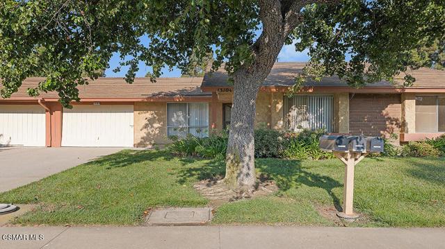 13104 Village 13 #13, Camarillo, CA 93012