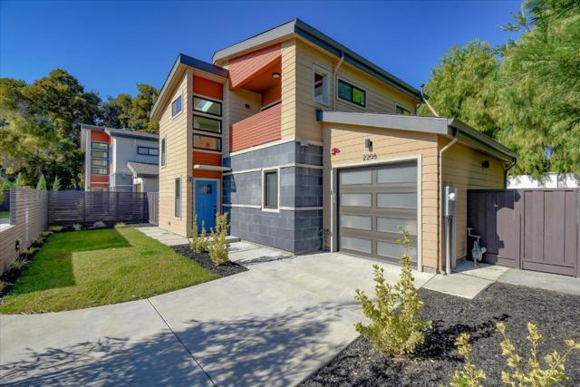 2206 Leland Avenue, Mountain View, CA 94040