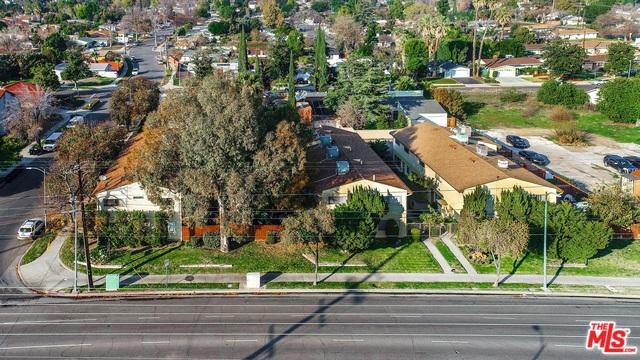 20537 ROSCOE Boulevard, Winnetka, CA 91306