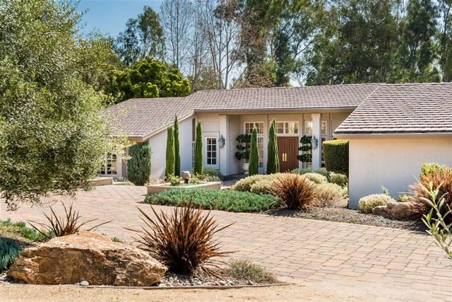 16678 Via de Los Rosales, Rancho Santa Fe, CA 92067