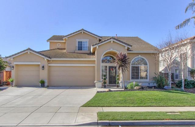 1048 Longfellow Drive, Salinas, CA 93906