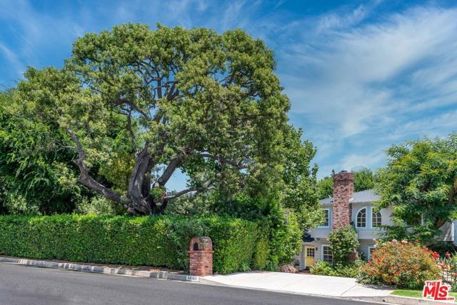 14161 Valley Vista Boulevard, Sherman Oaks, CA 91423