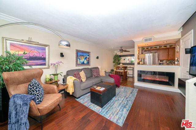 355 N Maple Street 245, Burbank, CA 91505