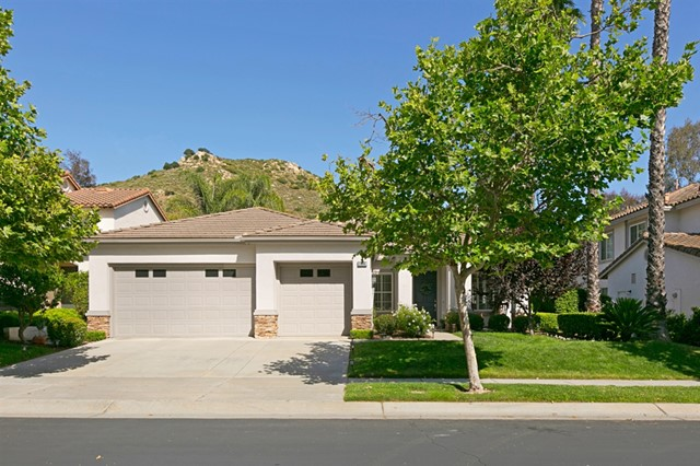 2396 Old Ranch Rd, Escondido, CA 92027
