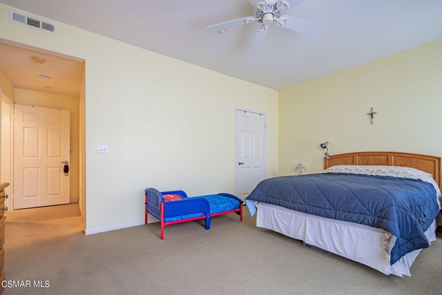 17. 461 Country Club Drive #111 Simi Valley, CA 93065