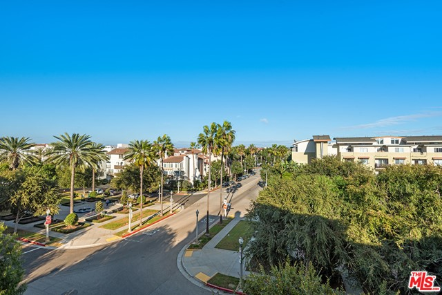 6241 Crescent Pw, Playa Vista, CA 90094 Photo 9