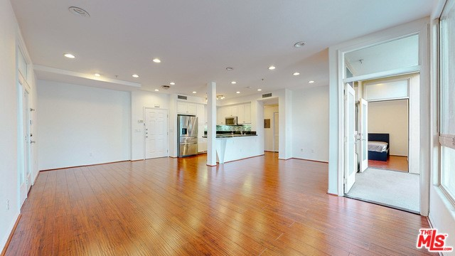 13044 Pacific Promenade, Playa Vista, CA 90094 Photo 16