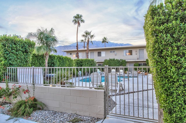 2388 Sunrise Way, Palm Springs, CA 92262