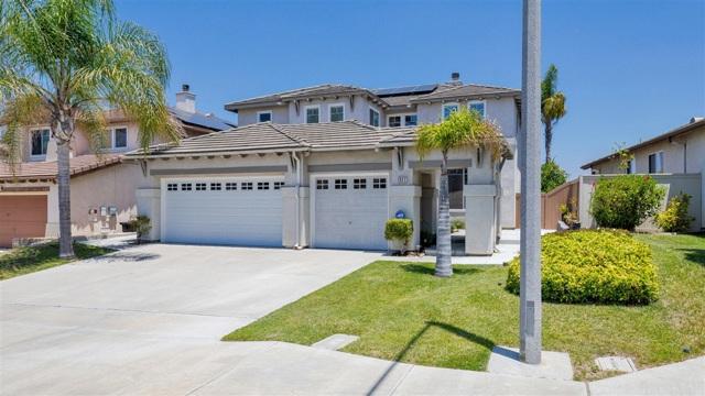1327 S Hills Dr, Chula Vista, CA 91915