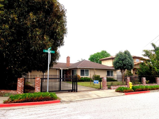 2896 Illinois Street, East Palo Alto, CA 94303