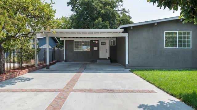 448 Larkspur Drive, East Palo Alto, CA 94303