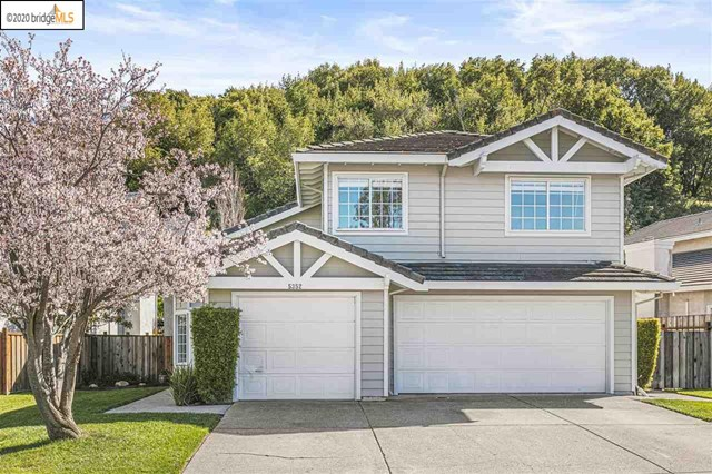 5352 Country View Dr, Richmond, CA 94803
