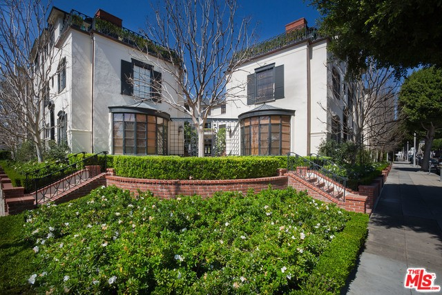 151 S RODEO Drive, Beverly Hills, CA 90212