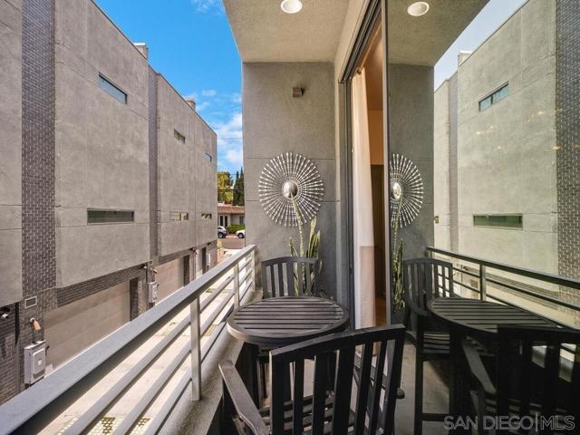 18. 315 Upas Street San Diego, CA 92103