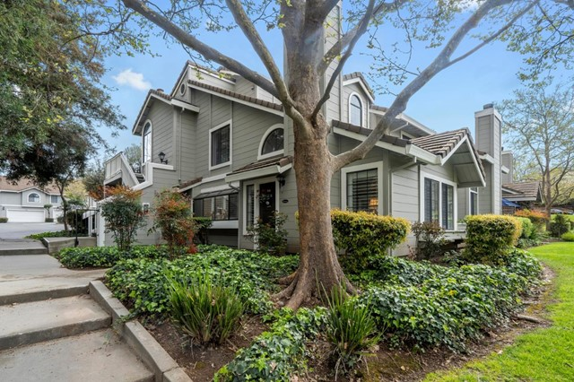 2555 YERBA BANK Court, San Jose, CA 95121
