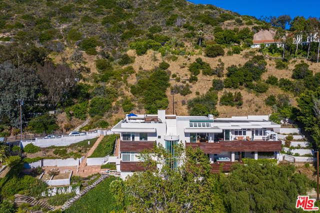 41. 21070 Las Flores Mesa Drive Malibu, CA 90265