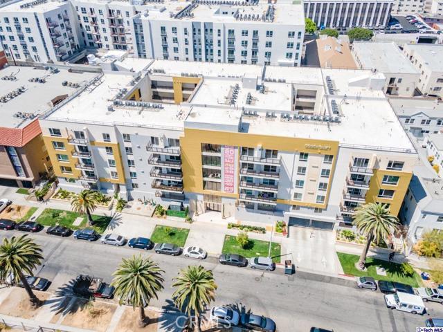 44. 2939 Leeward Avenue #609 Los Angeles, CA 90005