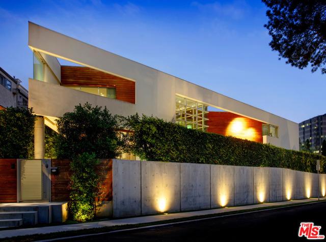 1160 Mcclellan Dr, Los Angeles, CA 90049